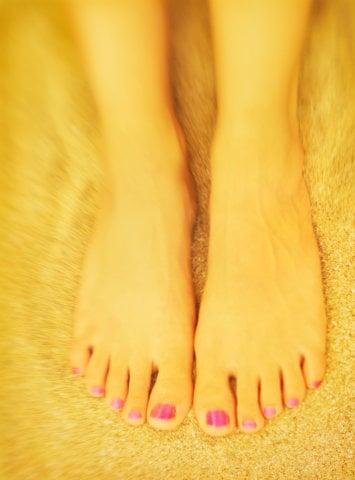 Chipped Nail Polish Trend Summer 2008 - Hot or Not on Feet? Pedicure Beauty Poll at BellaSugar UK