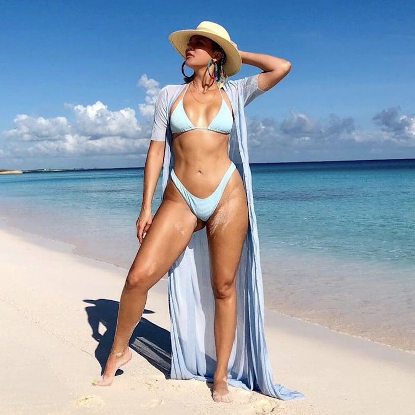 Khloé Kardashian Beach Bikini Instagram Pictures August 2019 | POPSUGAR Celebrity UK