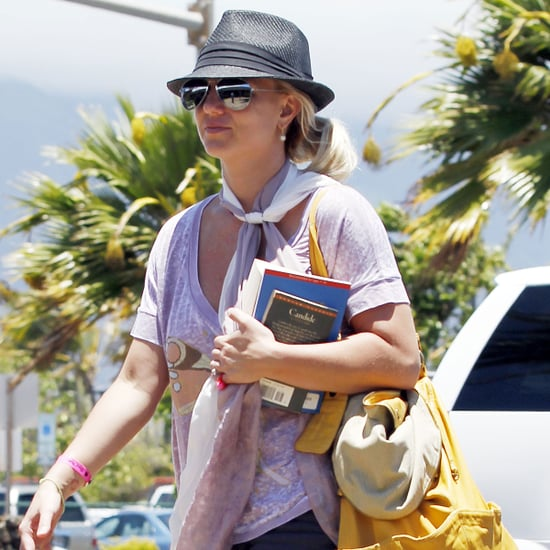 Britney Spears Leaving Hawaii With Family