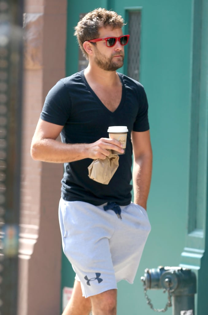 Joshua Jackson showed off his toned physique while running errands in NYC on Wednesday.