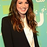 90210 star Shenae Grimes rolled solo through the press line.