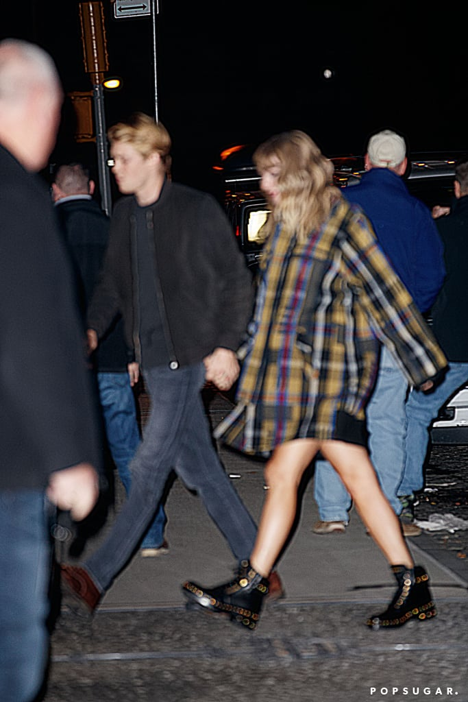 Taylor swift december 2018 candid