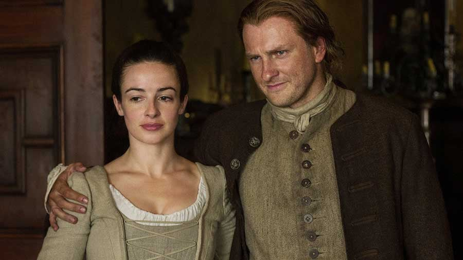 What Happens to Claire in the Outlander Books?   POPSUGAR