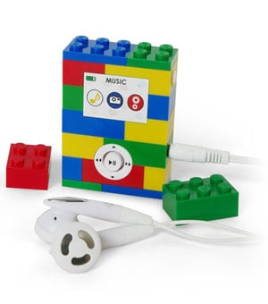 2GB MP3 Player Made From Legos