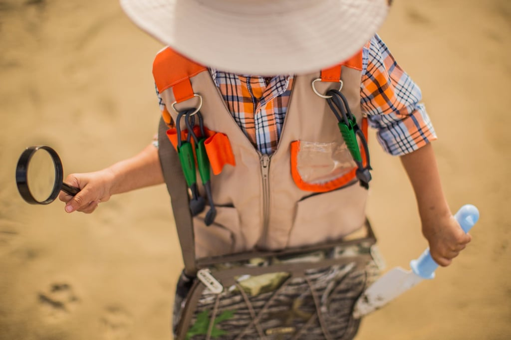 How to Put Together an Indoor Scavenger Hunt