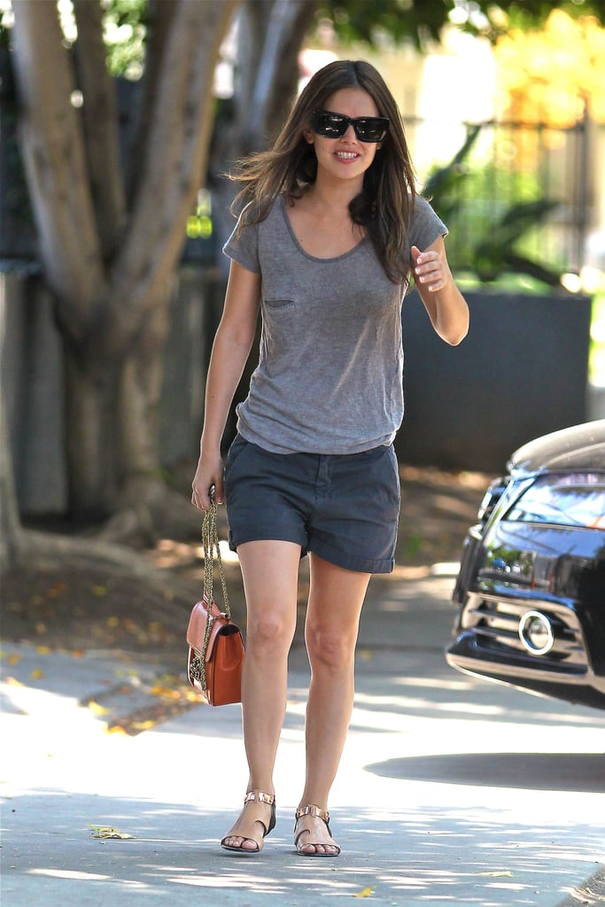 Rachel Bilson kept it simple in a slouchy tee and shorts — the perfect way to live out your end-of-Summer days in style.