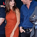 Penelope Cruz and Javier Bardem chatted between photos.