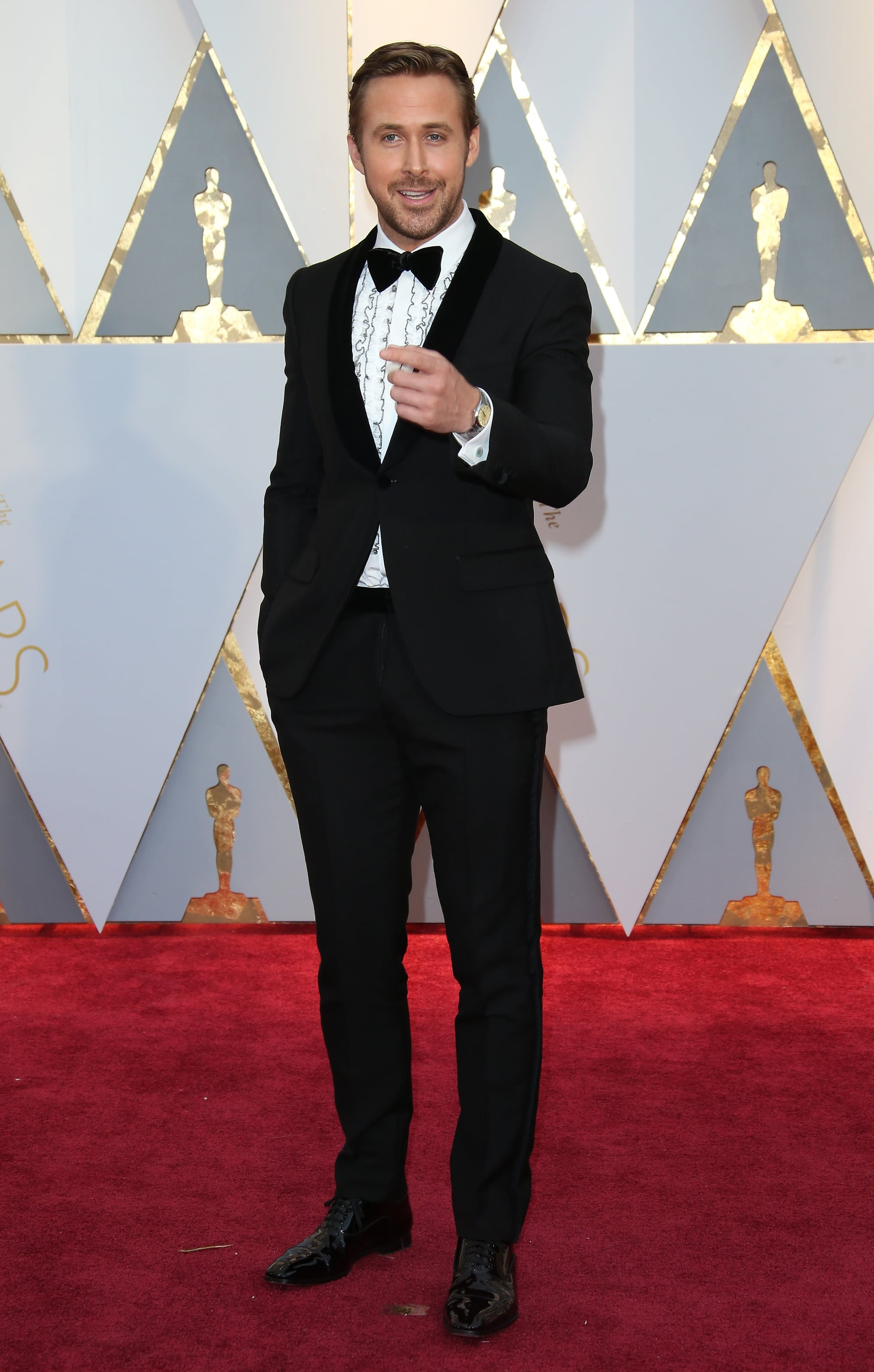 HOLLYWOOD, CA - FEBRUARY 26: Actor Ryan Gosling arrives at the 89th Annual Academy Awards at Hollywood & Highland Centre on February 26, 2017 in Hollywood, California. (Photo by Dan MacMedan/Getty Images)