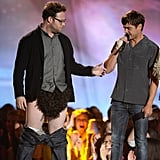 "After filming a new comedy titled Neighbors together, Seth Rogan confessed that even he is not immune to the beauty of Zac Efron: ""Zac Efron is incredibly handsome . . . He literally has the best body I've ever seen on a human being ever in my life. We literally had to write in to the scene that I couldn't keep eye contact with him 'cause I kept just like reaching out and touching his body like I was seeing some magical mirage or something like that."""