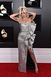 Lady Gaga Legitimately Looked Like the Coolest Person on the Grammys Red Carpet