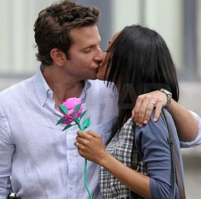 Bradley Cooper and Zoe Saldana Kissing Pictures