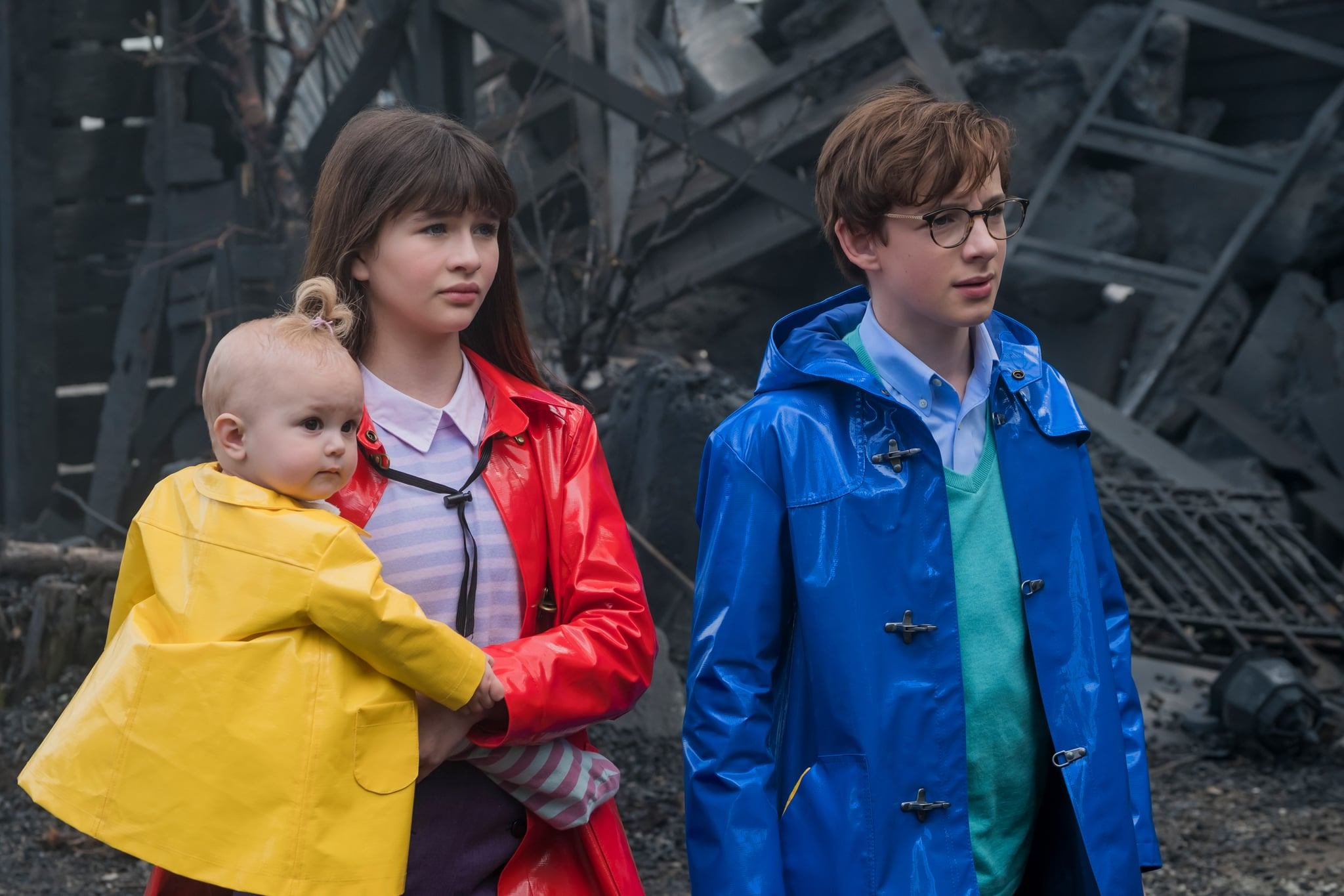 A SERIES OF UNFORTUNATE EVENTS, (from left): Malina Weissman, Louis Hynes, 'The Miserable Mill: Part One' (Season 1, ep. 107, aired January 13, 2017). photo: Joe Lederer / Netflix / courtesy Everett Collection