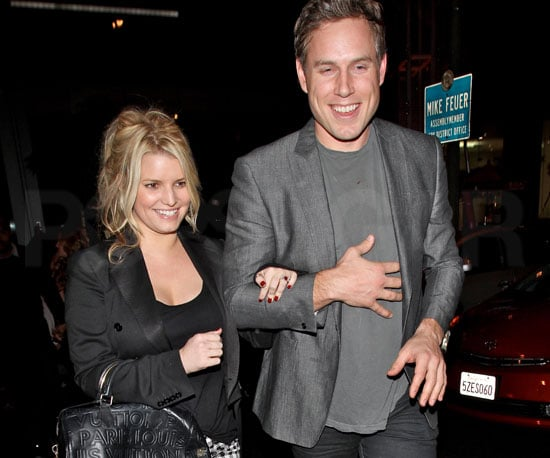 Slide Picture of Jessica Simpson Showing Off Engagement Ring at BOA Steakhouse