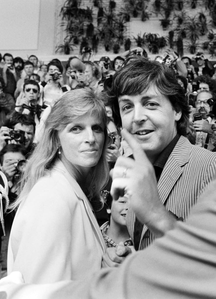 Paul McCartney and his late wife, Linda, arrived to throngs of fans and photographers in 1980.
