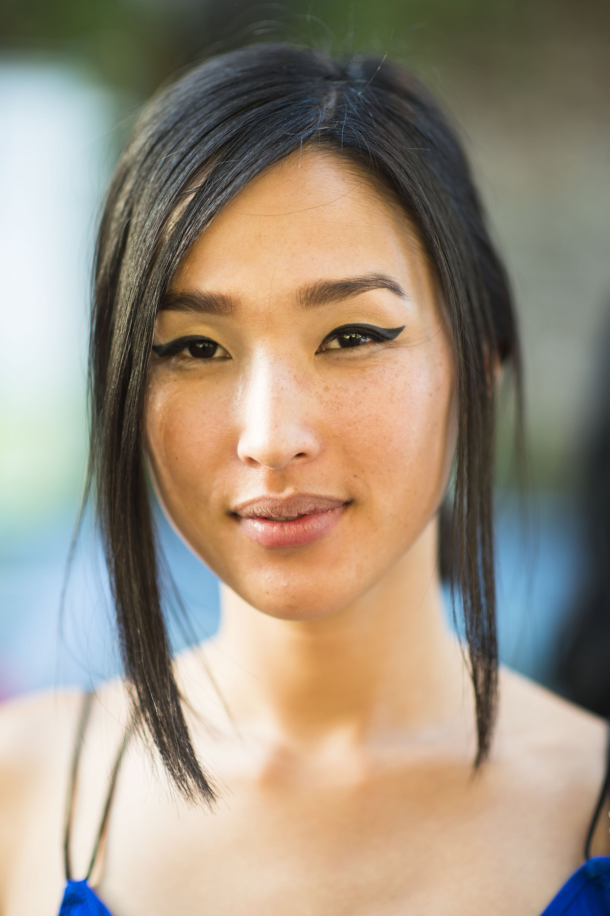 We need to learn this woman's secret to the perfect cat eye . . . Source: Le 21ème   Adam Katz Sinding