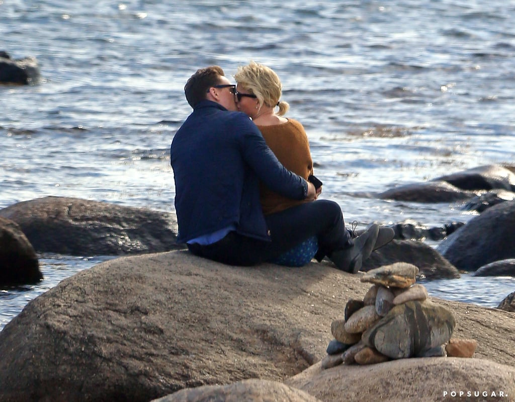 Taylor Swift And Tom Hiddleston Kissing Pictures June 2016 Popsugar Celebrity