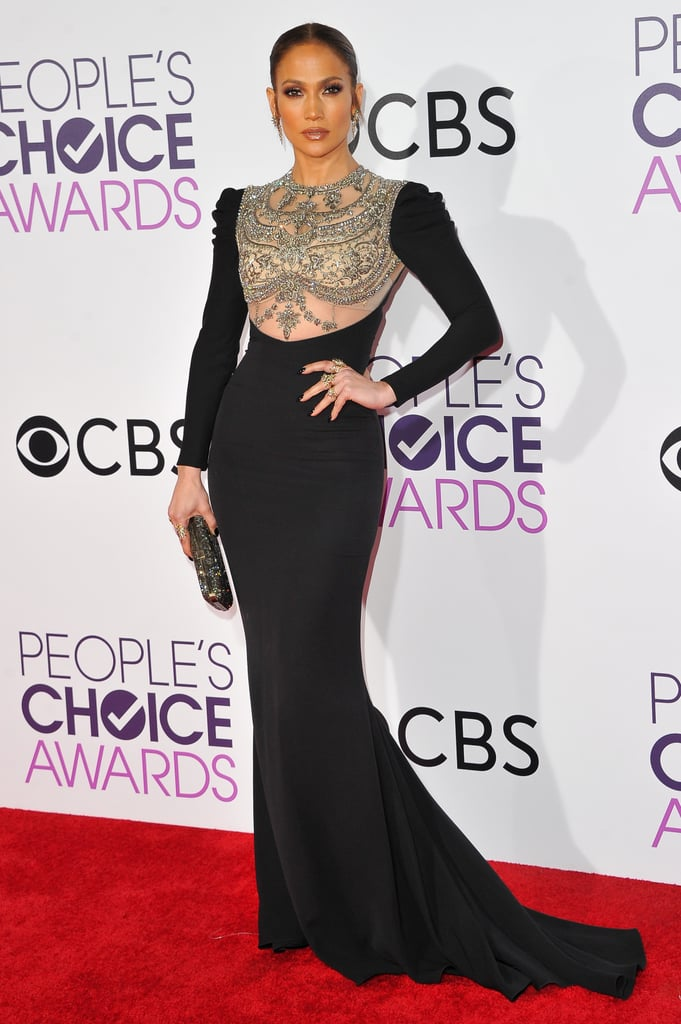 Jennifer Lopez Wearing Reem Acra  to the 2017 People's Choice Awards
