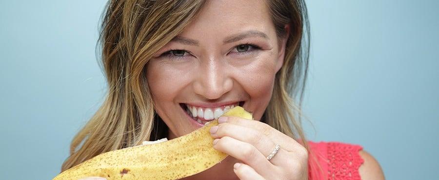 Glow: 4 Ways to Naturally Whiten Teeth