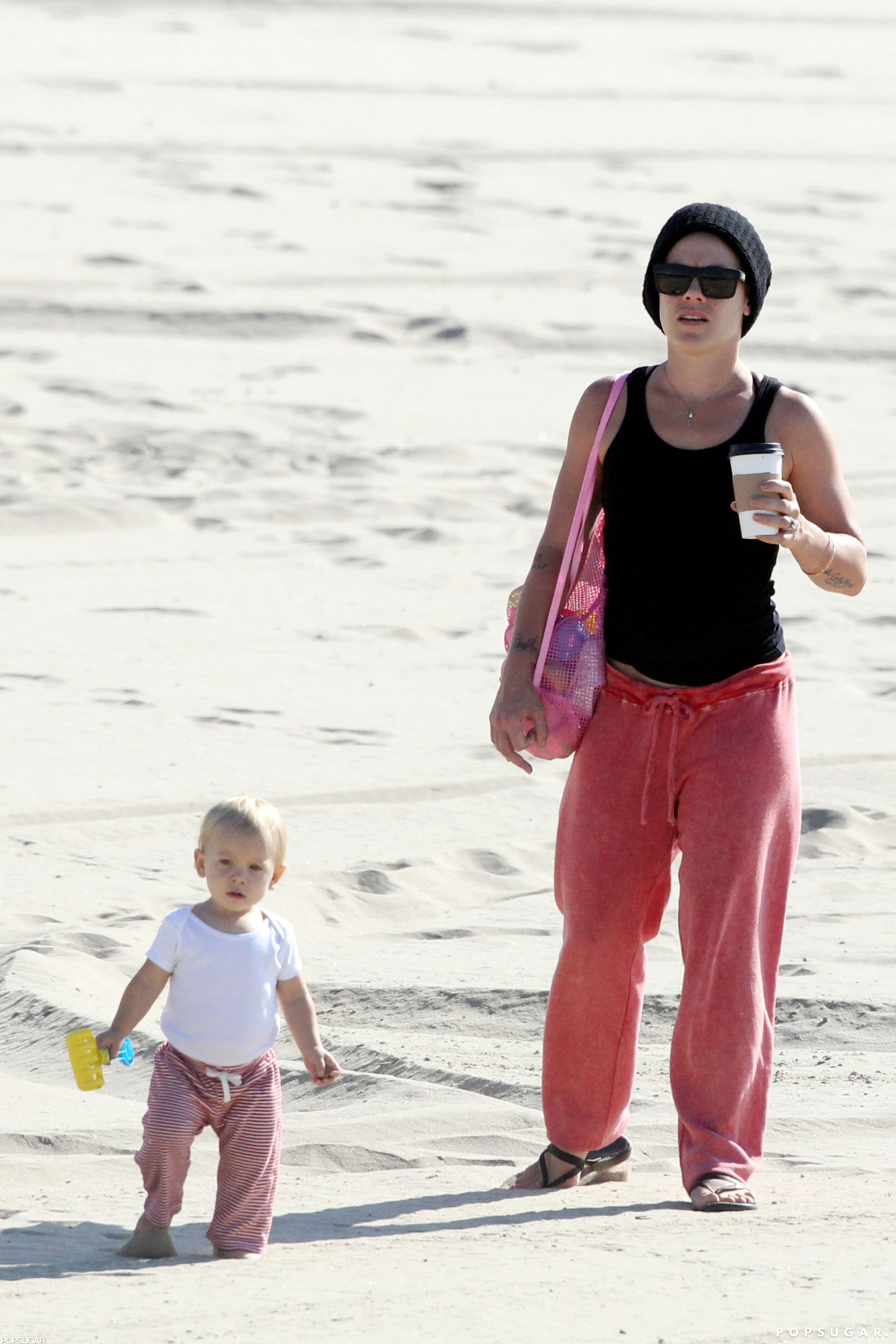 Pink and her daughter went to an LA beach.