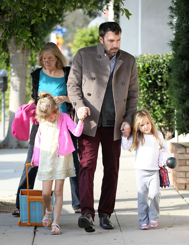 Ben Affleck walked in LA with daughters Violet and Seraphina.