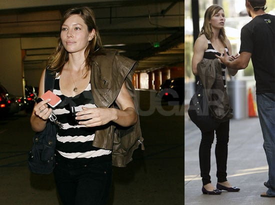 Photos of Jessica Biel in Los Angeles at Cafe Primo with Friends