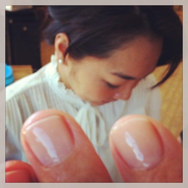 Julia Louis-Dreyfus showed off a close-up of her manicure preshow.  Source: Instagram user officialjld