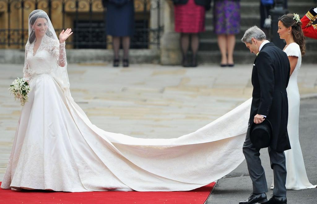 Kate middletons first alexander mcqueen wedding dress meghan kate middletons first alexander mcqueen wedding dress junglespirit Gallery