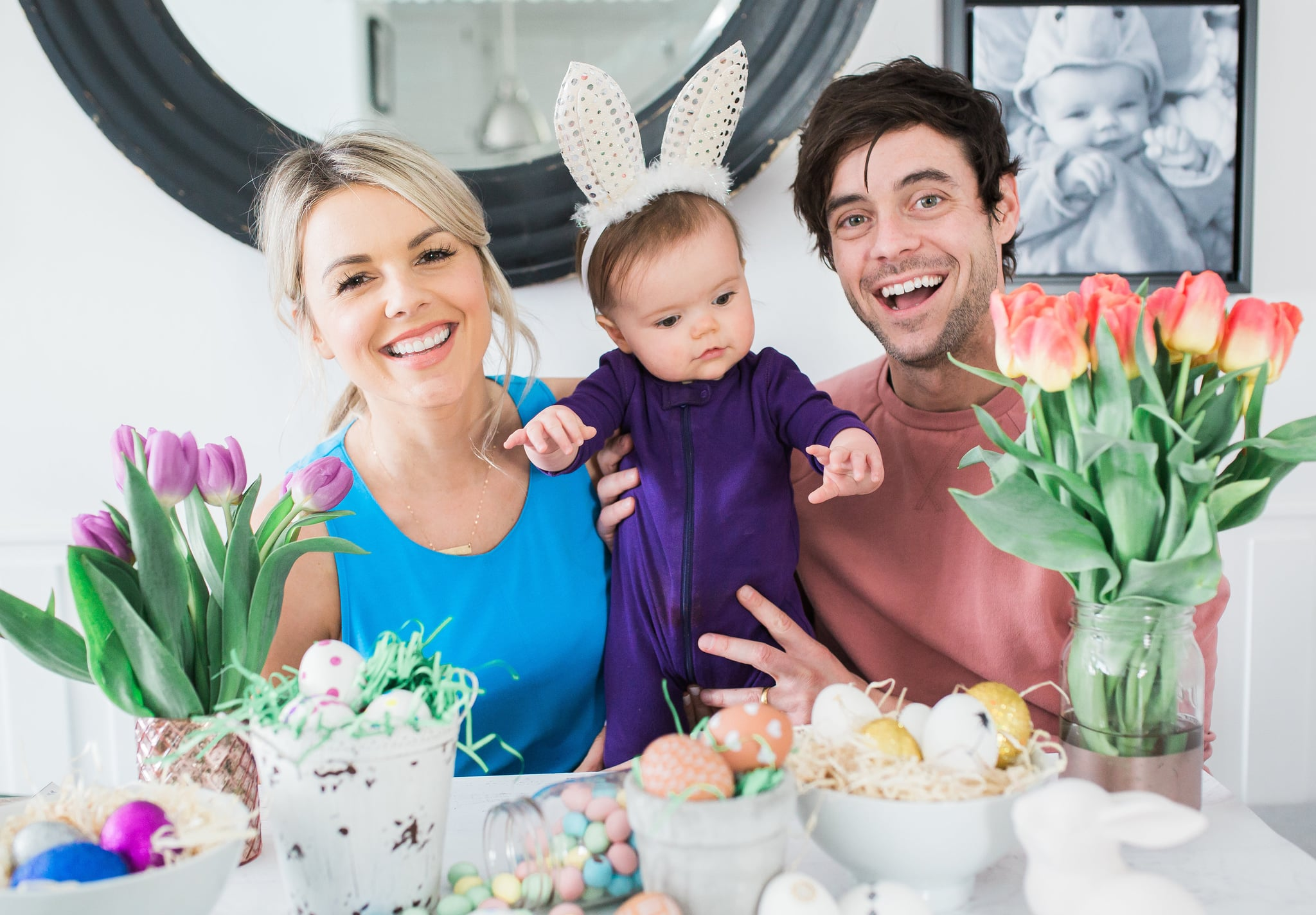 PopsugarLivingDiyAli Fedotowsky's Easter Egg TipsAli Fedotowsky's Egg-Decorating Hack Is Mess-Free and Beyond GeniusApril 9, 2017 by Macy Cate Williams42 SharesChat with us on Facebook Messenger. Learn what's trending across POPSUGAR.Between new daughter Molly and a recent wedding to Kevin Manno, former Bachelorette Ali Fedotowsky-Manno is one busy lady. She's growing her new family and hosting a slew of TV shows, but she's still finding time to get ready for Easter too.
