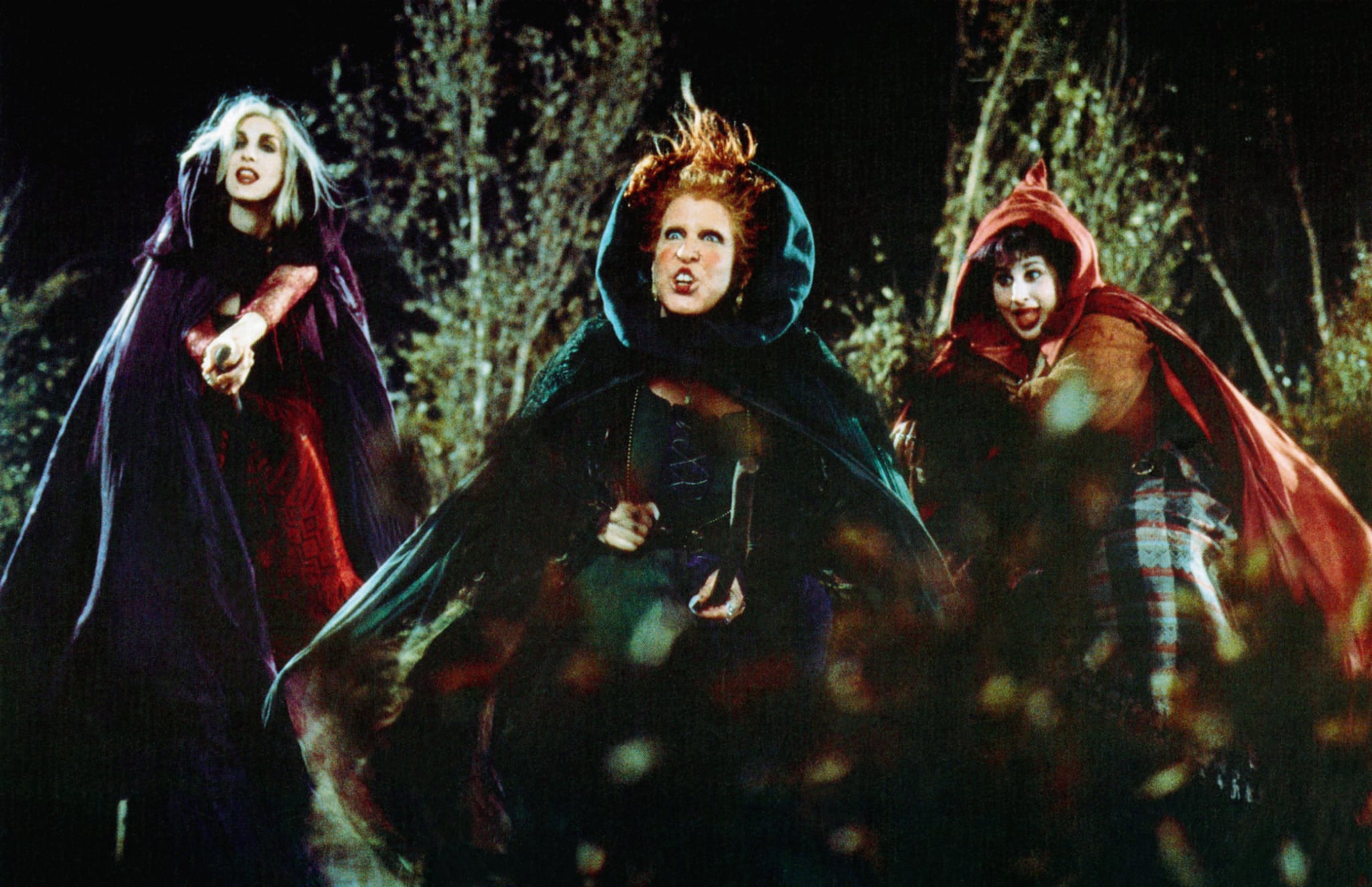 HOCUS POCUS, from left: Sarah Jessica Parker, Bette Midler, Kathy Najimy, 1993,  Buena Vista/courtesy Everett Collection
