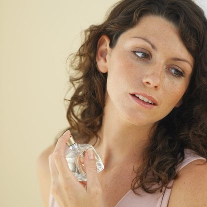 How Do Other People Affect Your Scent Choices?