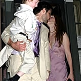 In Aug. 2003, when Julianne Moore and Bart Freundlich exchanged their vows in NYC with son Caleb, the actress opted to ditch white for a dusty pink plunging gown.