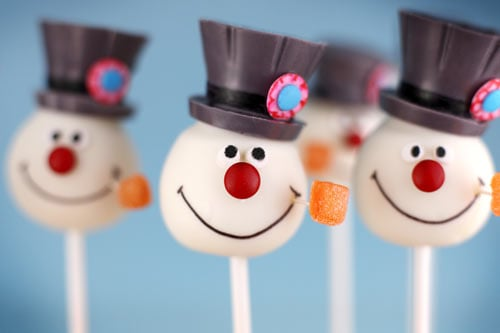 Frosty the Snowman Cake Pops