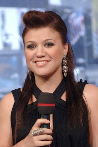 Love It or Hate It? Kelly Clarkson's TRL Tresses