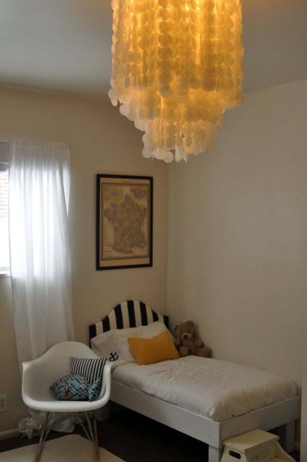 Wax Paper Chandelier This beach inspired chandelier is actually crafted from wax paper this beach inspired chandelier is actually crafted from wax paper instead of shells source audiocablefo