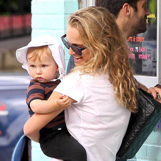 Natalie Portman and Baby Aleph Eating Ice Cream | Pictures