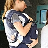 Photos: Gisele Bundchen's Ergo Baby Carrier 2010-03-23 10:30:52