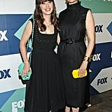 Zooey and Emily Deschanel had a cute sister moment at the Summer TCA Press Tour in LA.