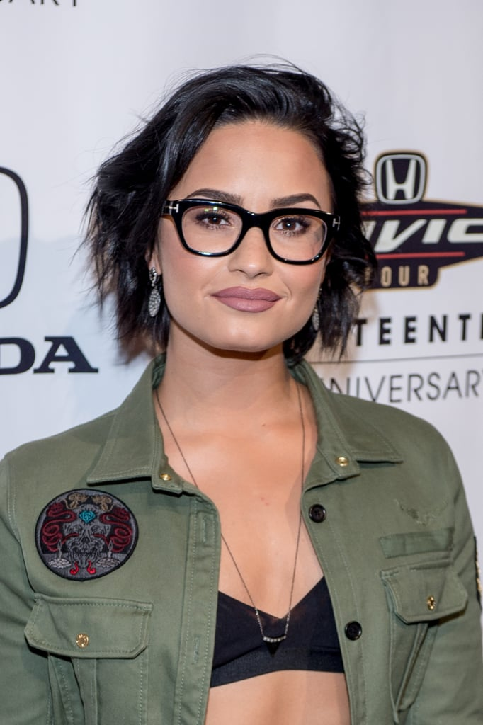 A Short Black Bob Demi Lovato Hair Pictures Popsugar