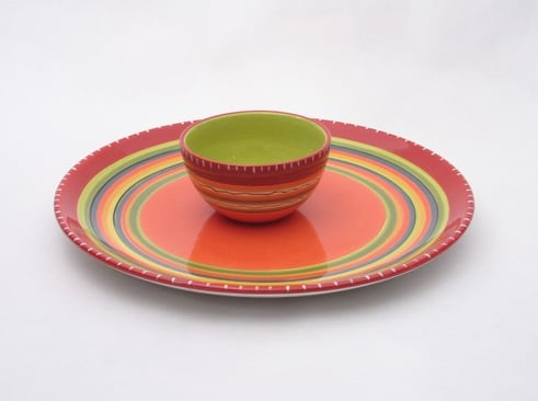 Make your fiesta all the more festive with this splashy orange Hot Tamale Chip and Dip Set ($54).
