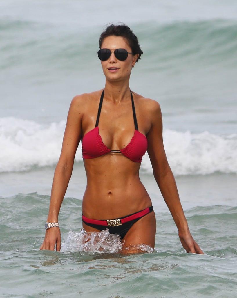 Julia Pereira Bikini Pictures