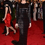Rosie kept her look sleek and simple while attending the 2012 Met Gala in a draped Burberry dress.
