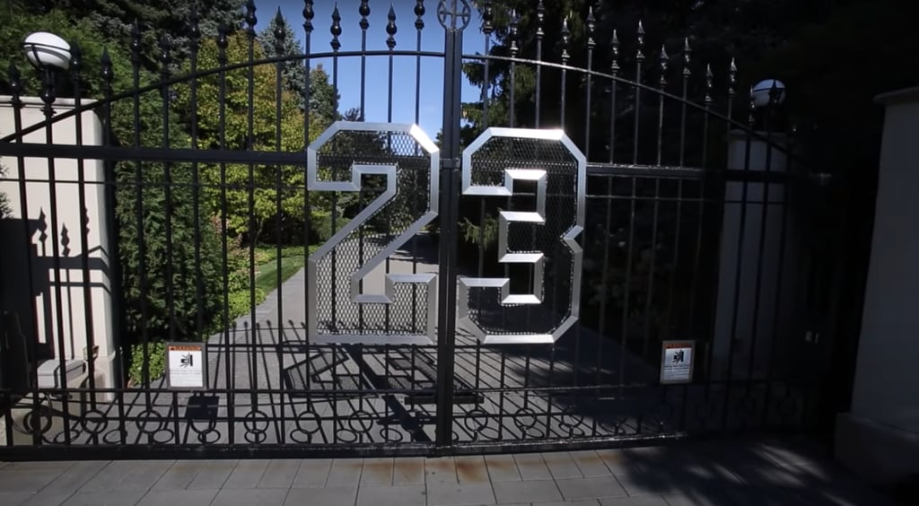 Pictures of Michael Jordan's Former Chicago House