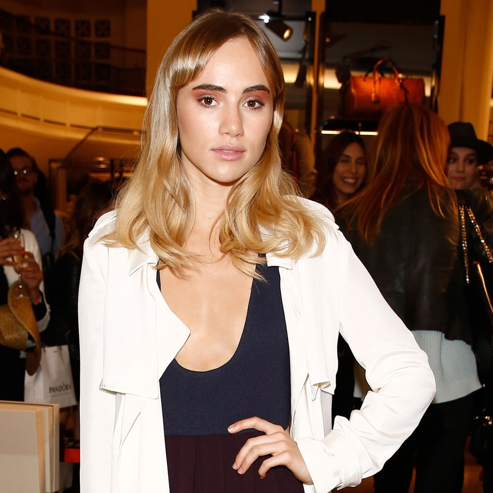 Suki Waterhouse Has Appeared In A Magnificent Dress At The Award Ceremony In London 12/12/2017 6