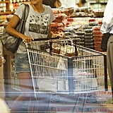 Halle Berry browsed through Whole Foods.