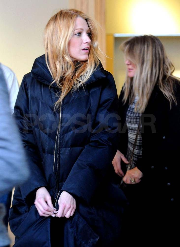 Blake Lively on Gossip Girl Set Pictures With Her Mom ...