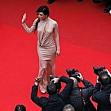 Eva Longoria waved to the crowd on the red carpet.