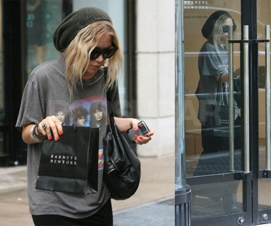 Mary-Kate Is Working, Not Shopping, Obviously