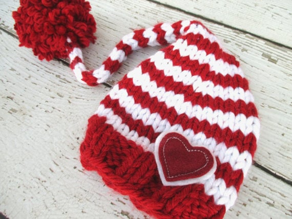 red-and-white knit hat