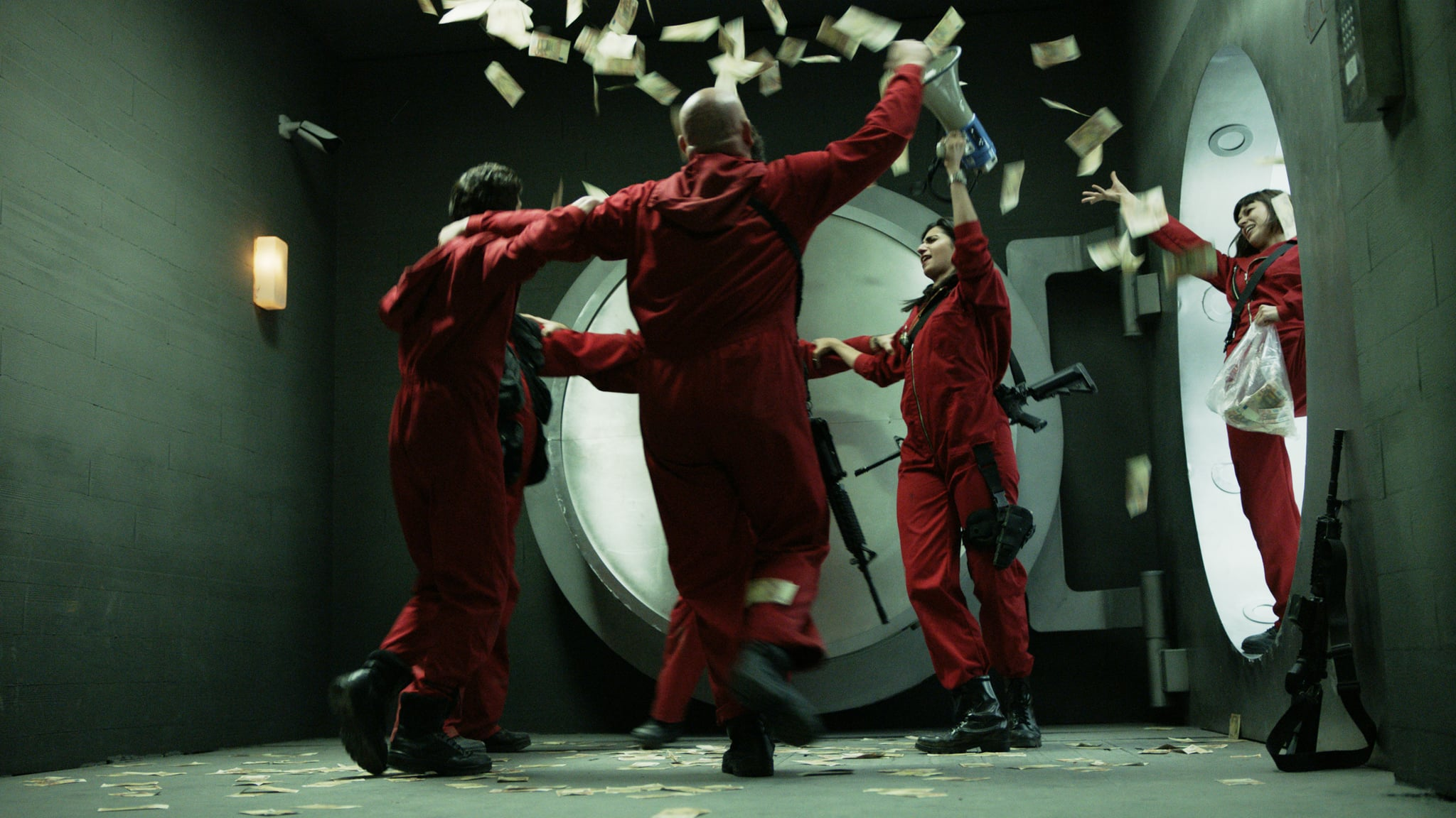 MONEY HEIST, (aka LA CASA DE PAPEL), 'Bella Ciao', (Season 1, ep. 115, aired in US on April 6, 2018). photo: Netflix/Antena 3 / Courtesy: Everett Collection