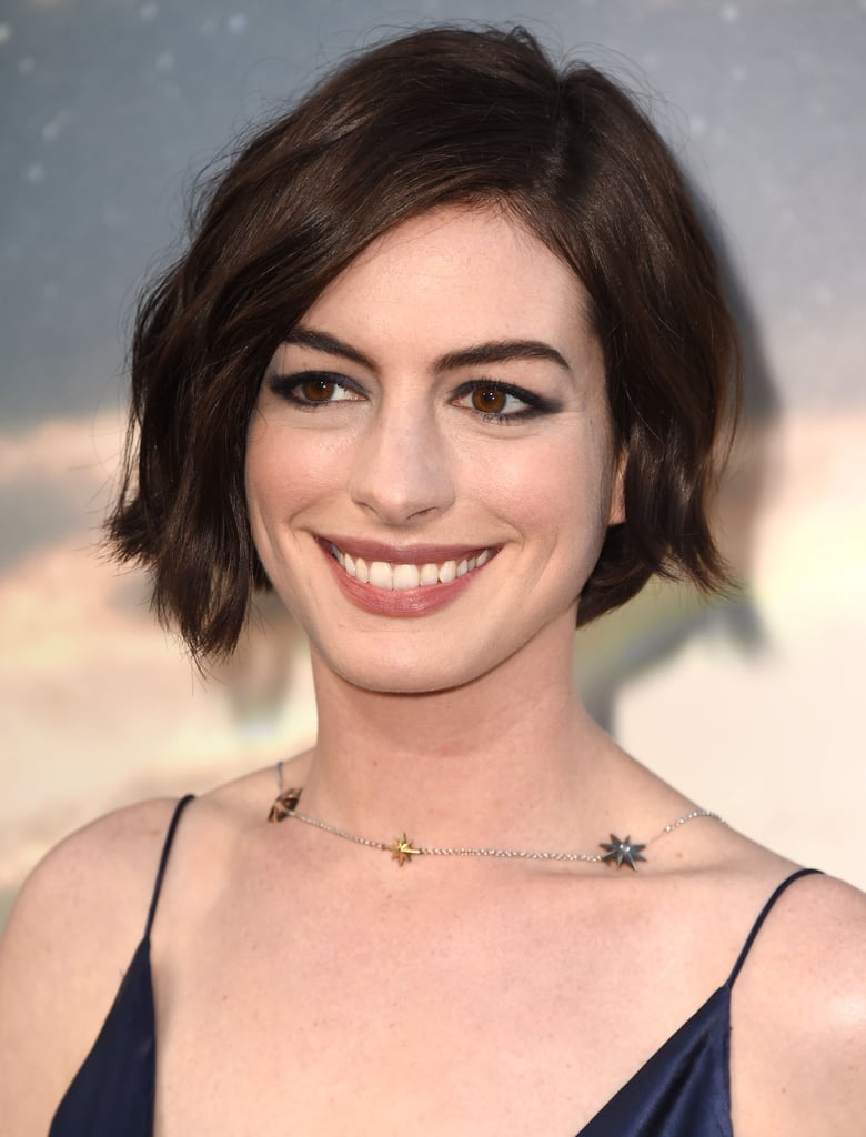 Anne Hathaway | Best Bob Haircuts For All Hair Types | Celebrity Photos | POPSUGAR  Beauty UK Photo 44